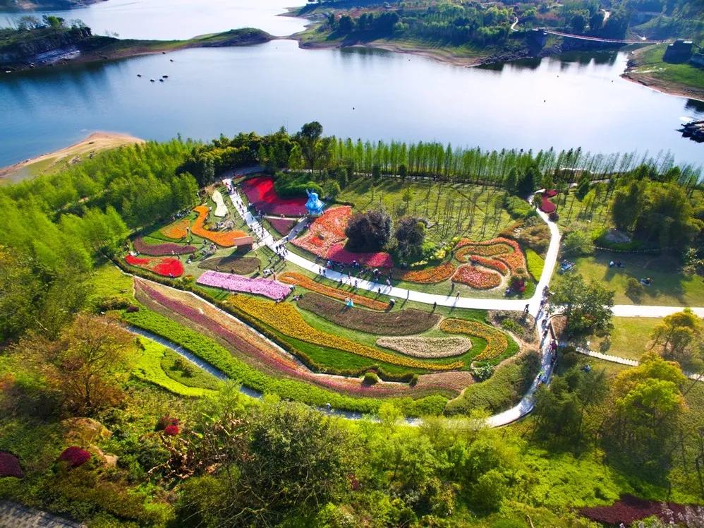 长寿湖西岸景区