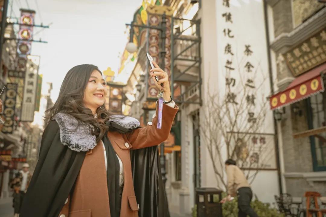 超值抢购!郑州建业电影小镇年卡仅100元,看你符合条件吗?