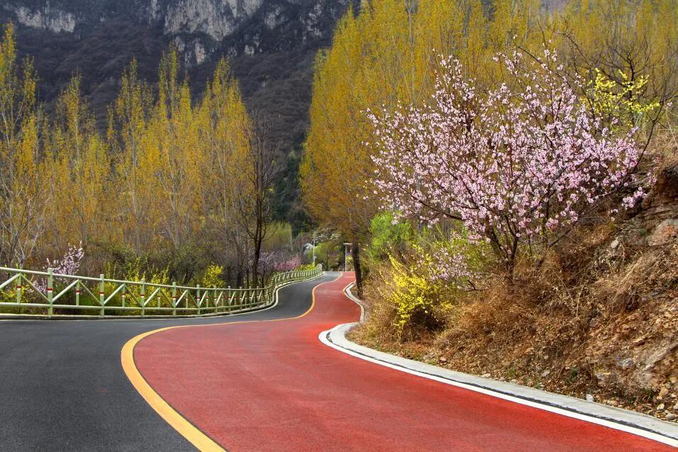 太行大峡谷:治愈身心的倦懒 迎接春天的希望