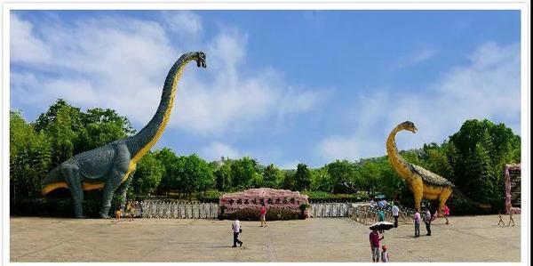 西峡恐龙园3月29日开园,一起去赏花踏青看恐龙吧