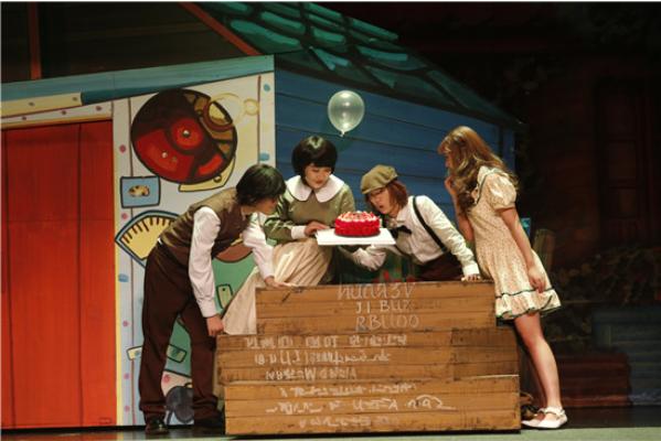 神奇泡泡之科学音乐剧《爱迪生的泡泡实验室》佛山站