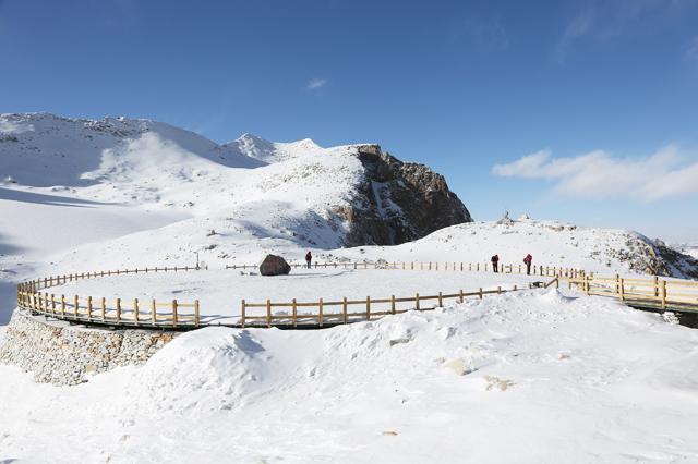 达古冰川风景区旅游攻略(时间+交通+门票价格)