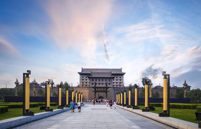 西安城墙南门文化礼仪广场