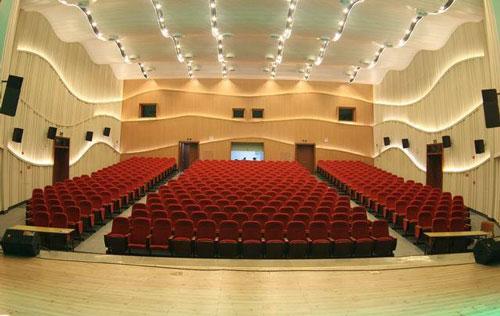 郭兰英剧院