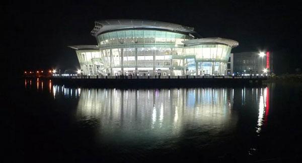 湖师大剧院