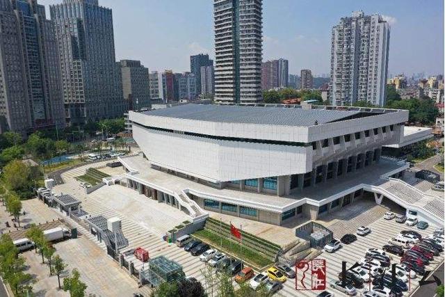 武汉洪山体育中心体育馆