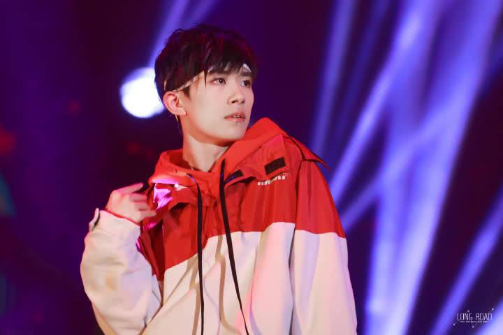 2019易烊千玺上海演唱会门票多少钱?易烊千玺上海演唱会在哪购买?