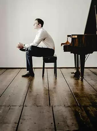 麦斯米兰克罗默钢琴独奏音乐会广州站
