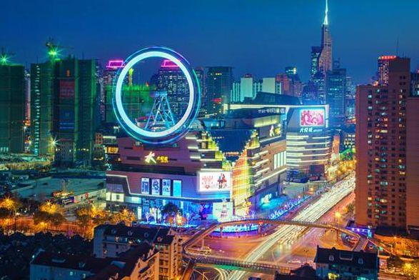 """""""爱情地标""""上海大悦城摩天轮!"""