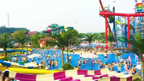 欢乐派海滩公园