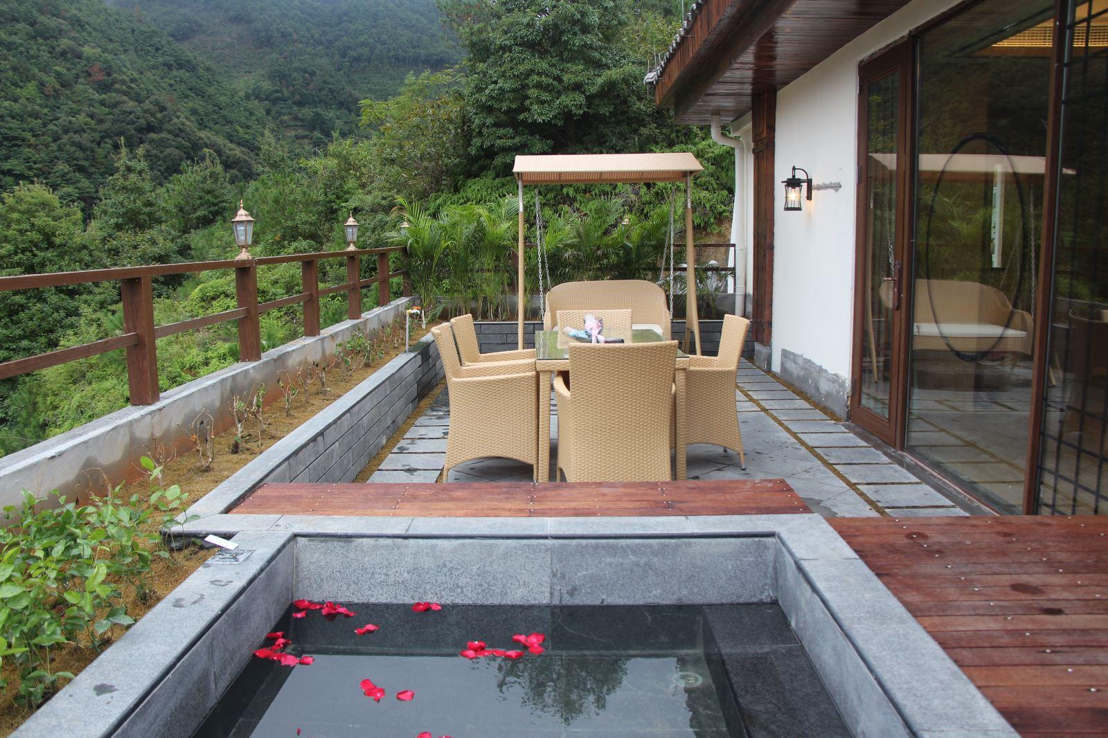 温州玉龙山氡泉度假村