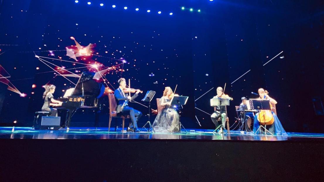 星火乐队-高学历高颜值高水平的三高乐队,大河票务网成功获票务总代!