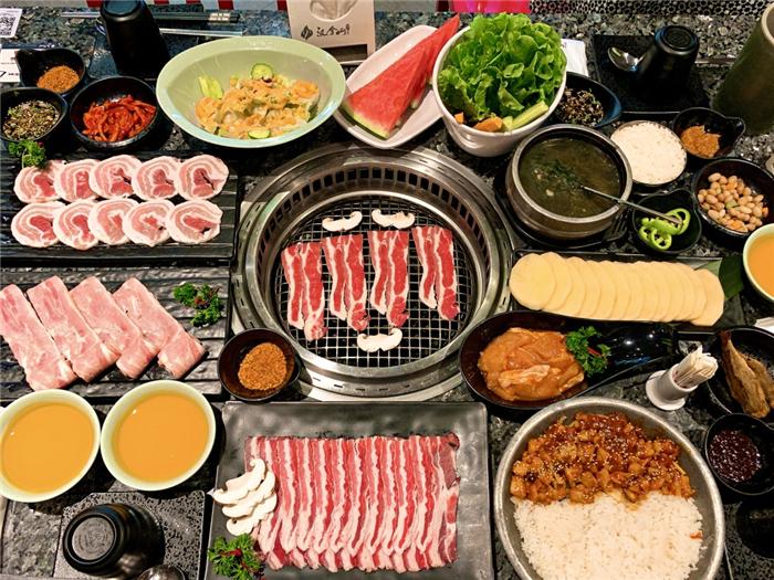 郑州锦艺城汉拿山烤肉店