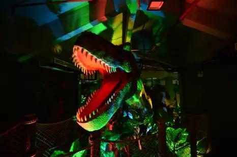 重庆恐龙探索乐园3.png