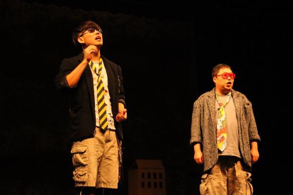 刘晓晔王印主演《两只狗的生活意见》苏州站